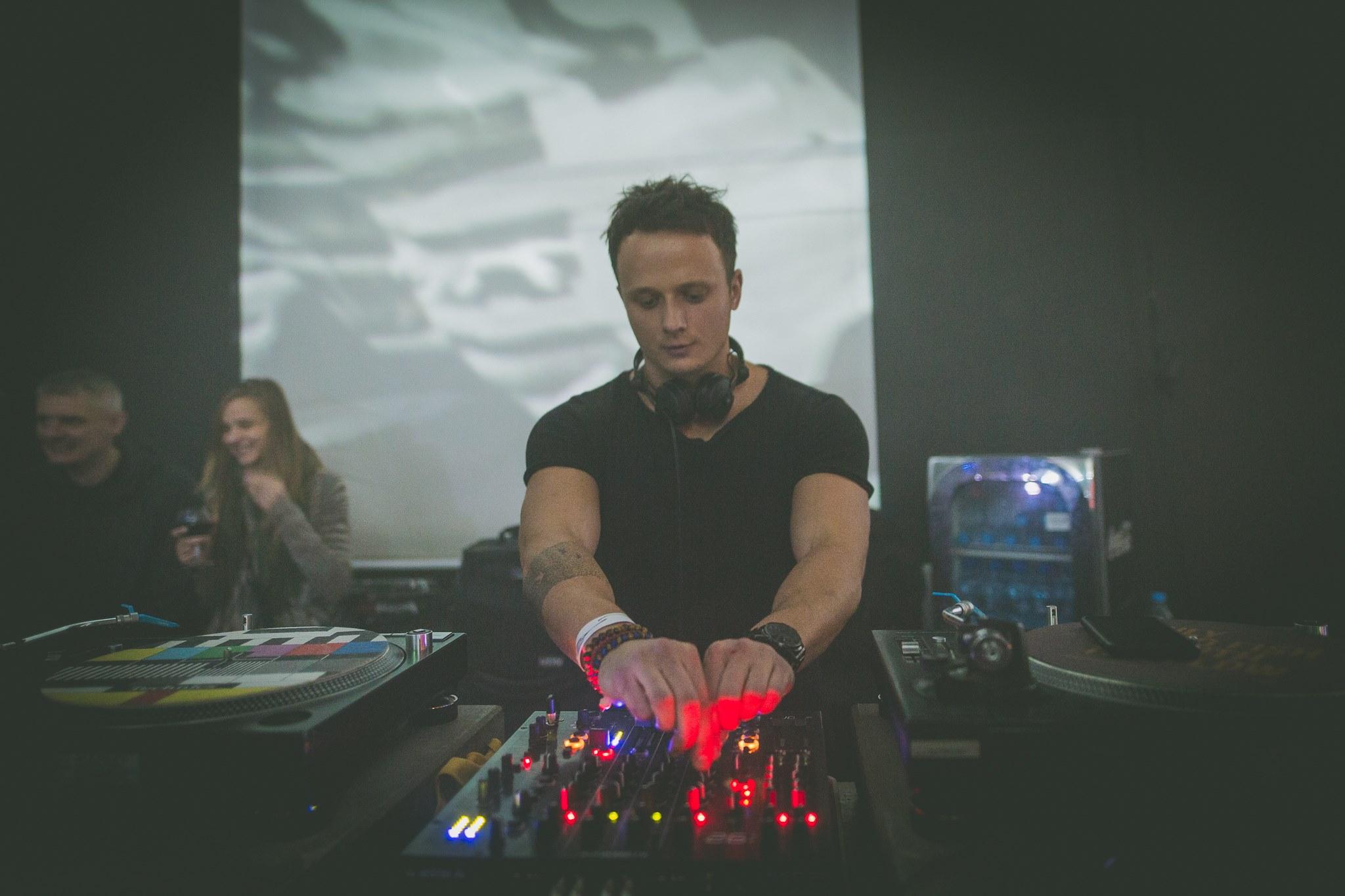 "Jacek Sienkiewicz ""On and on"" Release Party • 17 XI '18"
